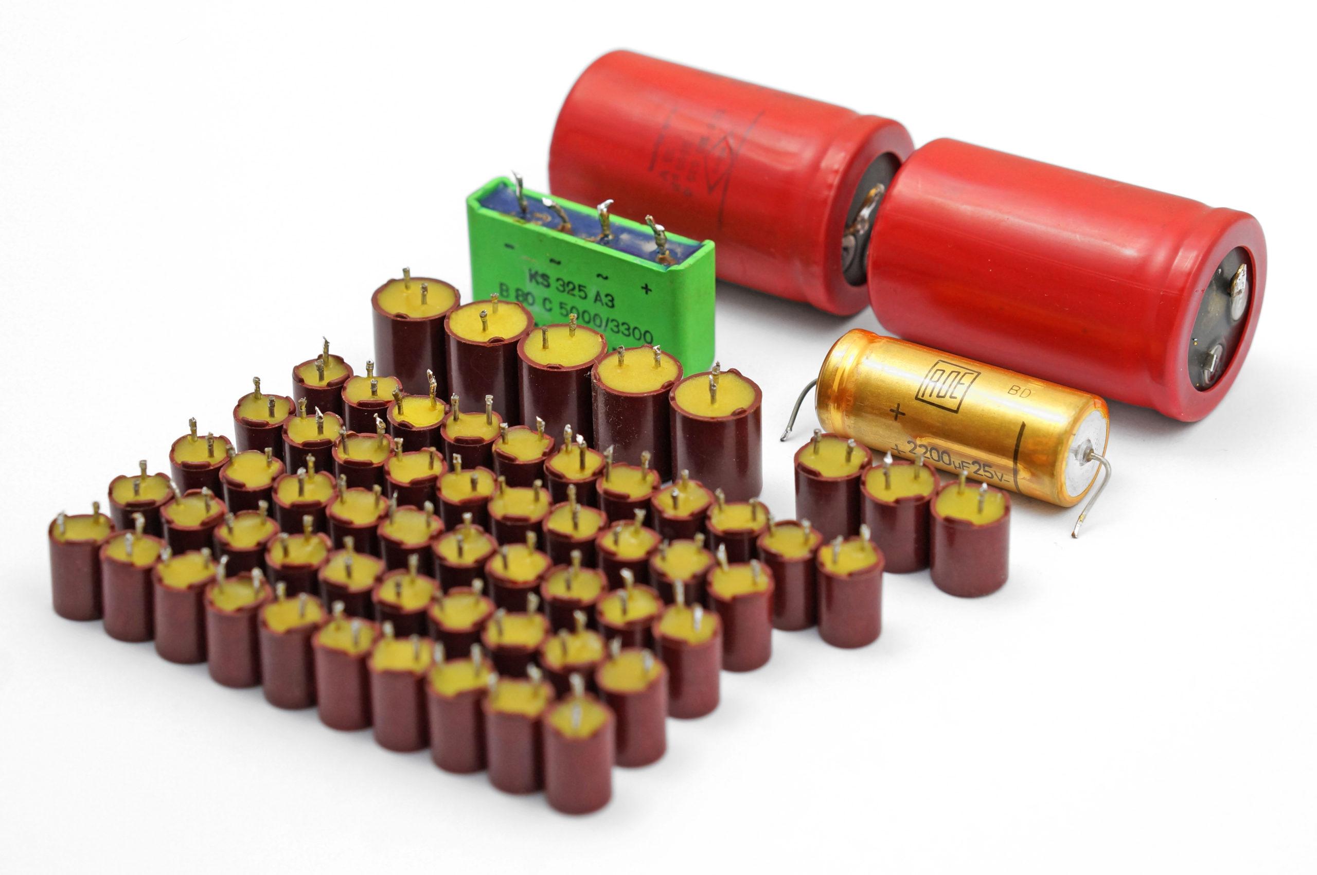 Beomaster 2400 Capacitors