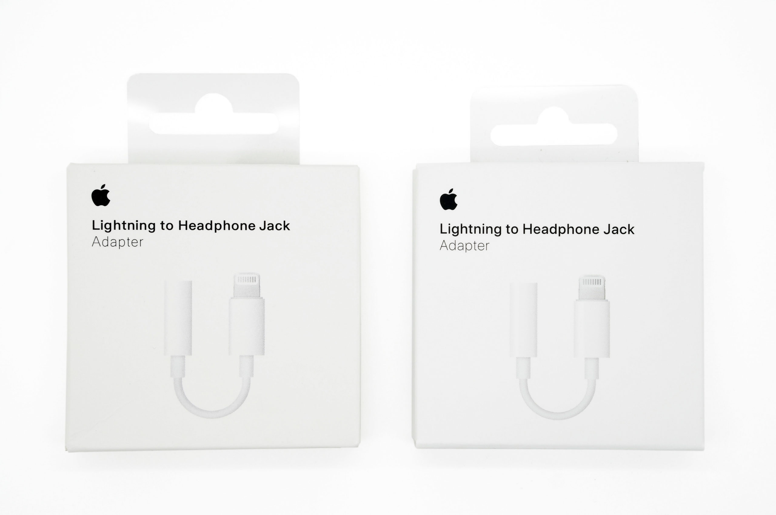 What A Counterfeit Lightning To Headphone Adapter Looks Like Oliver S Blog